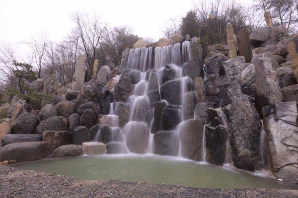 摄理月明洞_自然圣殿_前山瀑布造景