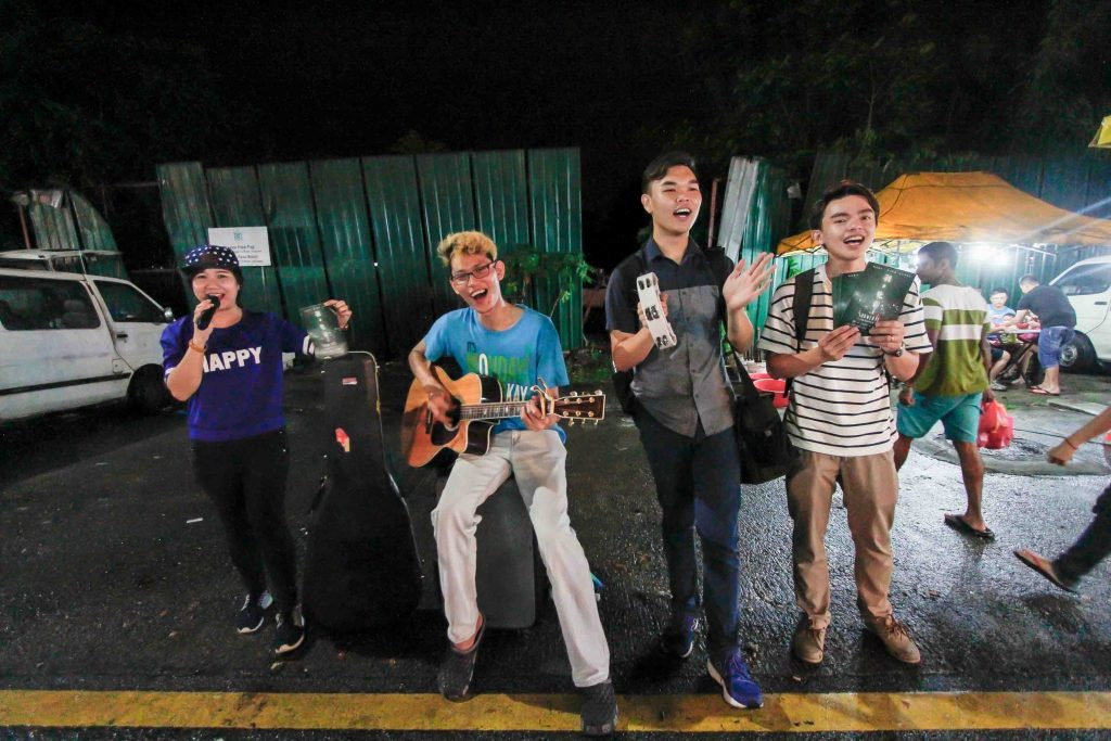 Pasar Malam快闪另类宣传摄理音乐会