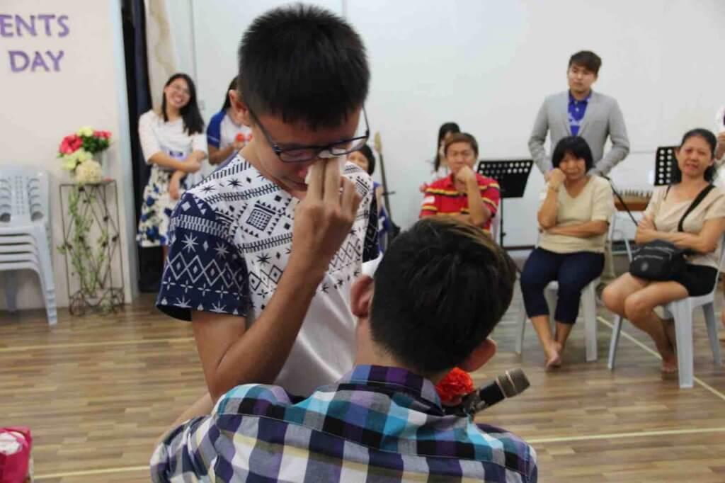 摄理教会双亲节之告白感人环节